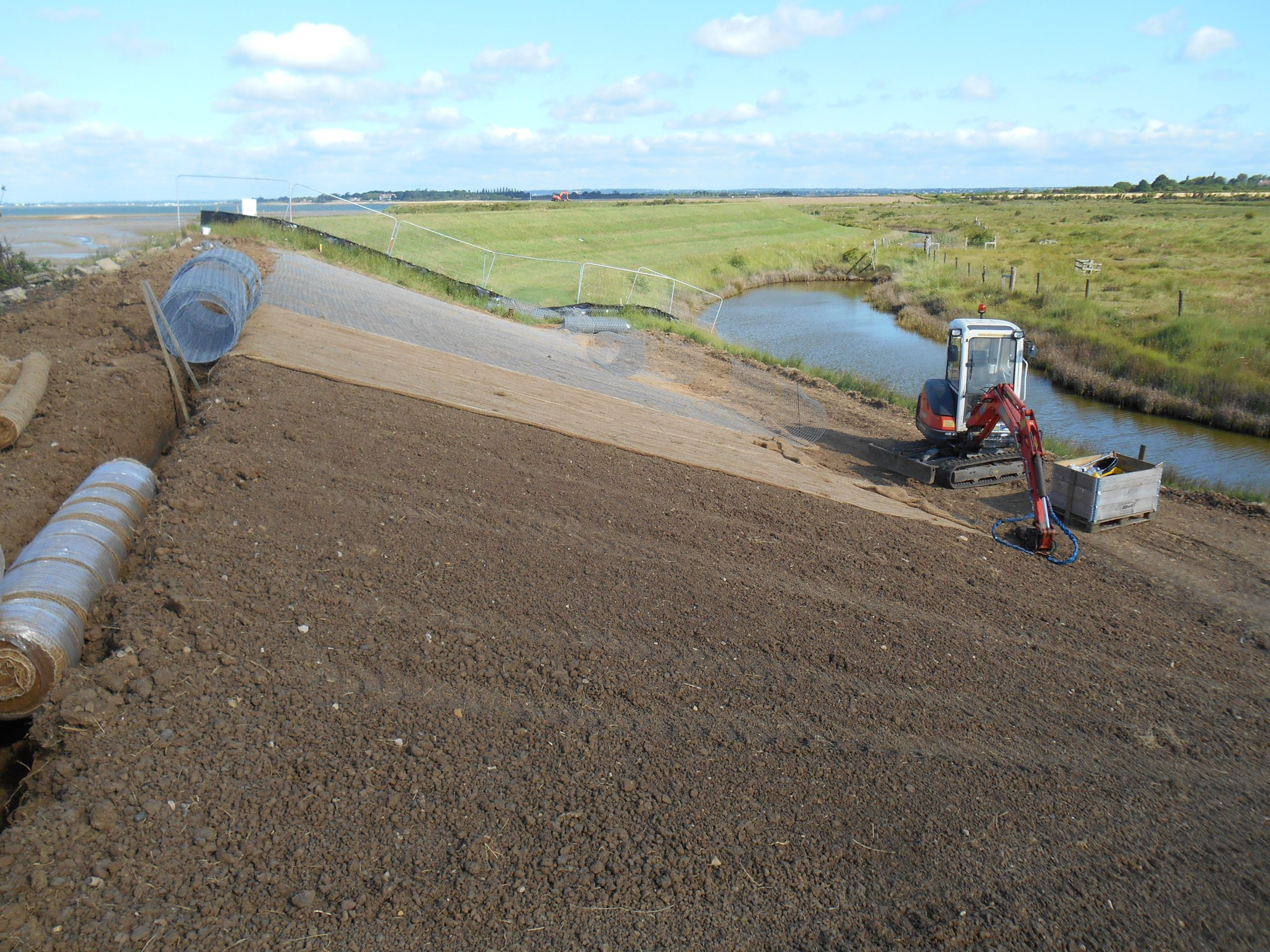 Sea Wall Defence Laying Wire Mesh, Steeple