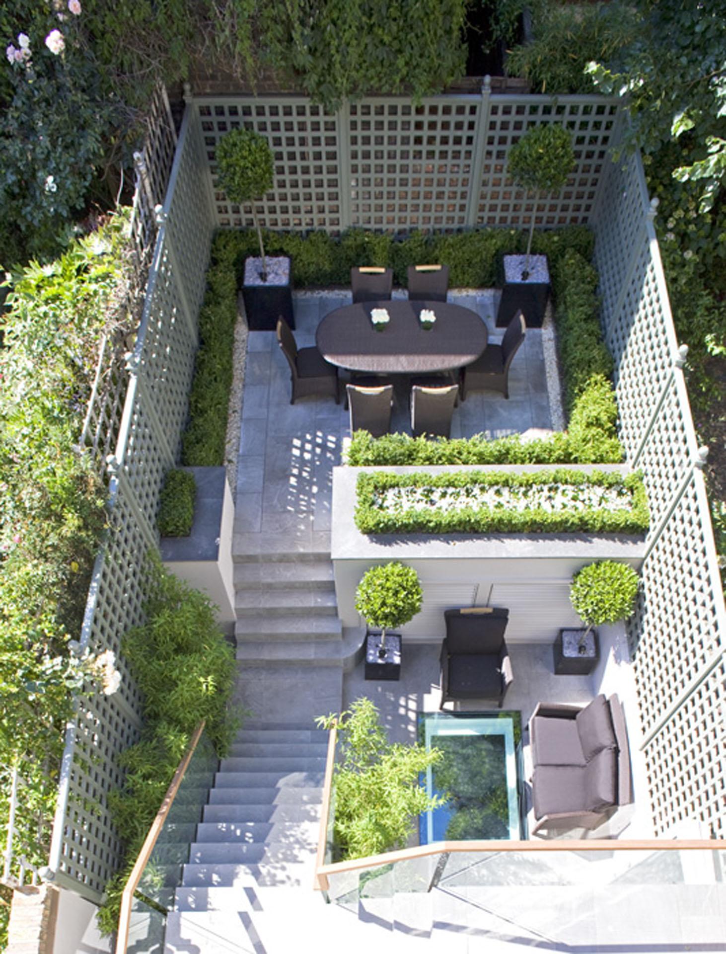 Small Space City Garden, Steps & Patio
